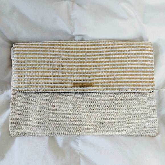 Stella & Dot Handbags - Stella and Dot City Slim Gold Clutch